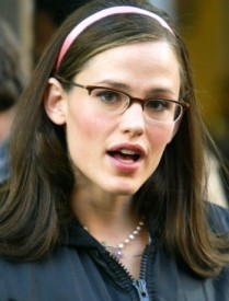 JenniferGarner-in-Glasses