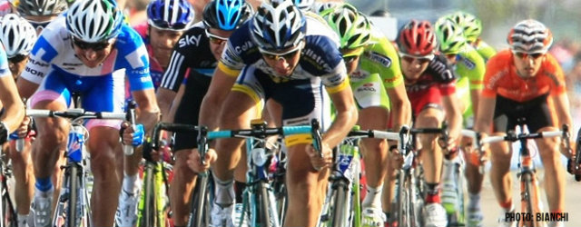 group_of_cyclists